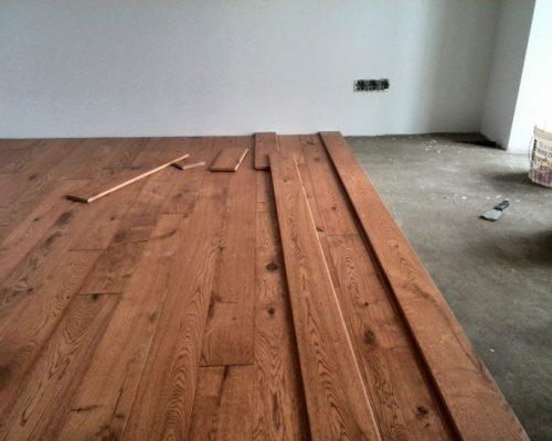 укладка деревянного пола на лаги в Уфе