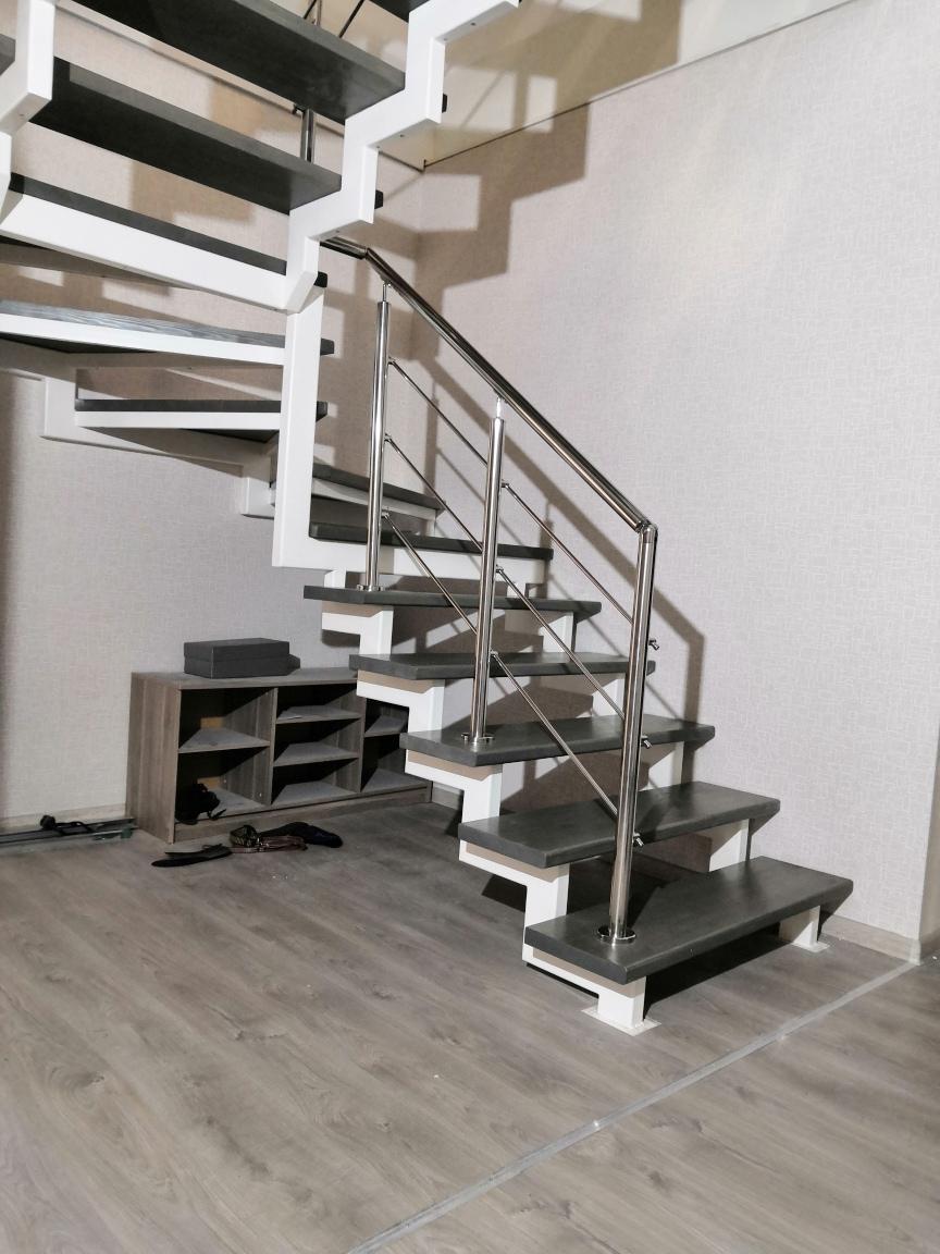 купить металлический каркас лестницы